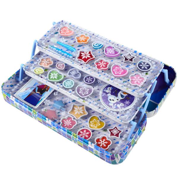 Frozen Игровой набор детской декоративной косметики в пенале Markwins 9701651