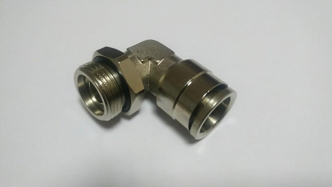 Фитинг угловой M22x1.5 под трубку 16