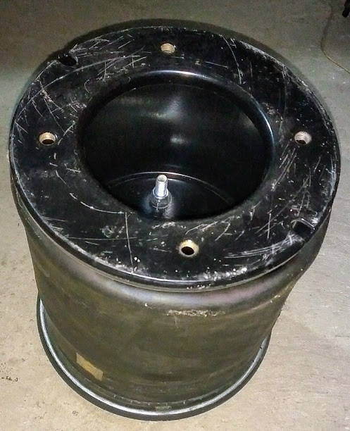 Пневмоподушка 1DK28F-5 с мет.стаканом Schmitz 017685 Aignerr