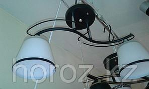 Люстра потолочная, 2 плафона