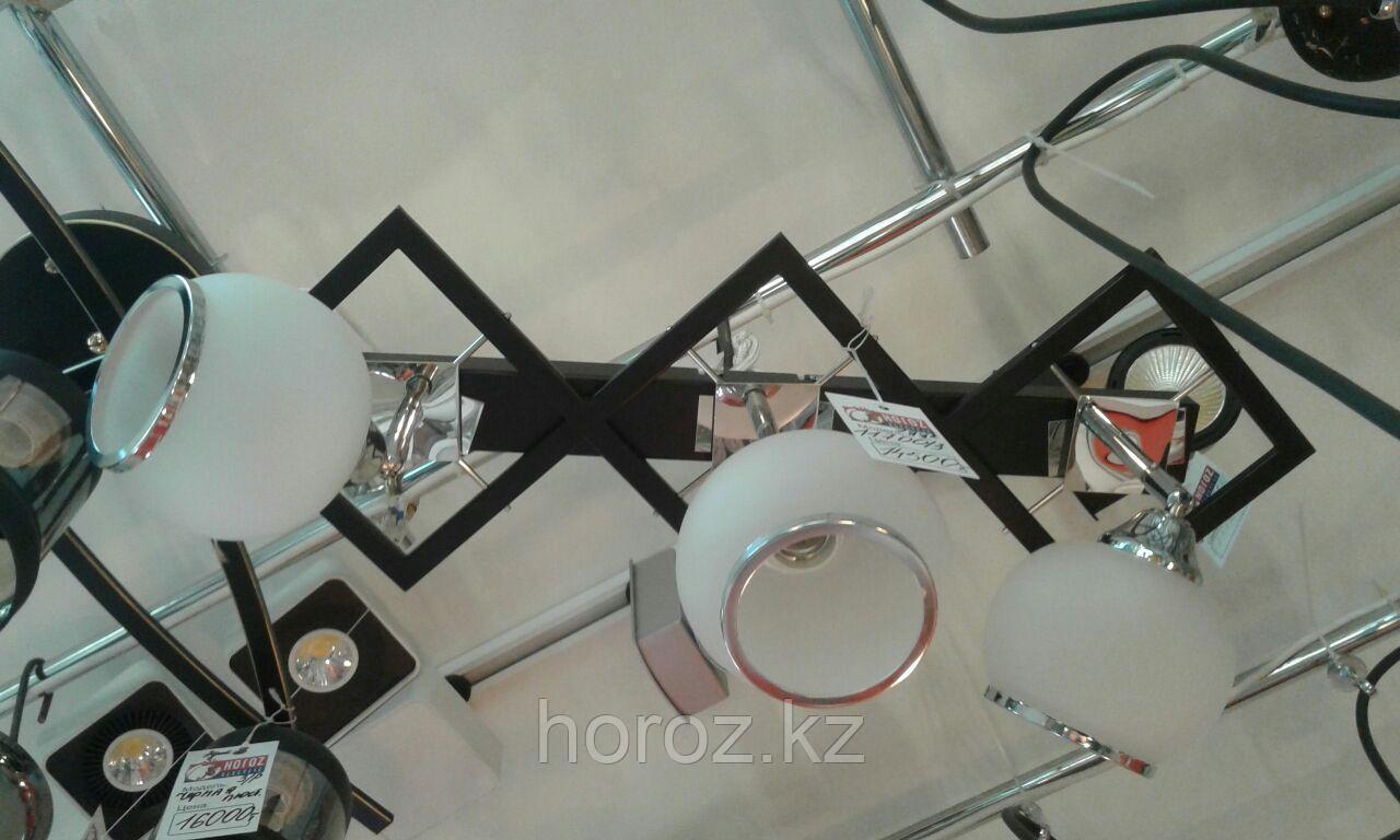Люстра потолочная с 3мя плафонами
