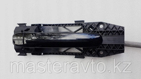 Ручка двери задней наружная LH в сборе  VW Polo (Sed RUS) 2011>Б/У