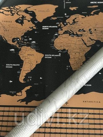 Черная скретч карта в сером тубусе