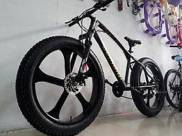 Брутальный велосипед Фэтбайк Beinaiqi на литых дисках