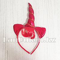Ободок с рогом единорога ушками и челкой красный