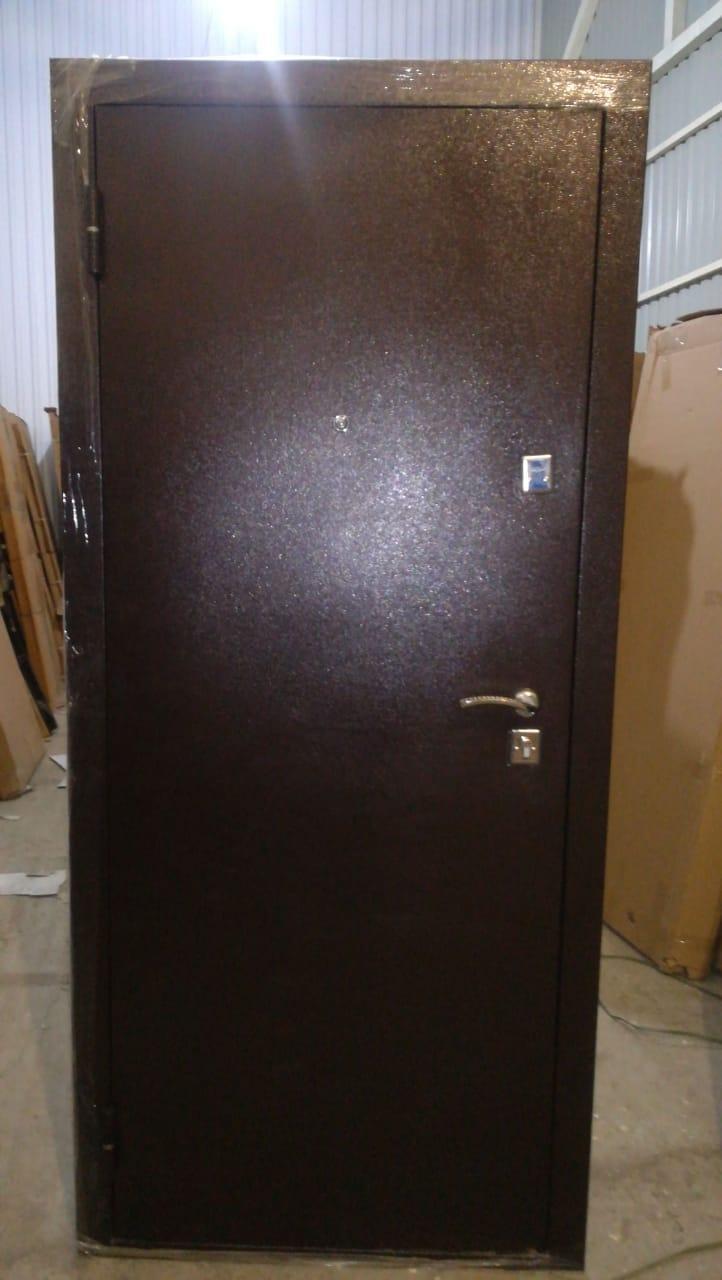 Входные металлические двери для строительных компании