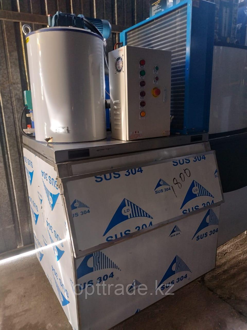 Чешуйчатый льдогенератор 1000кг в сутки