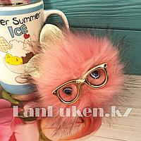 """Помпон меховой """"Пушистик"""" с ушками глазами и очками розовый"""