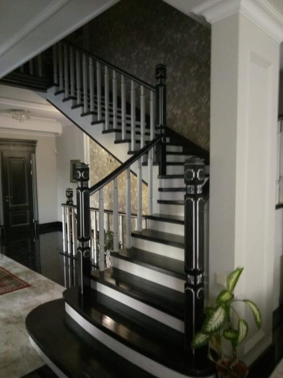 Реставрация и декорирование лестниц