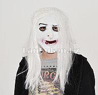 Латексная маска на хэллоуин белое лицо призрака с треснутыми губами 01