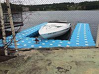 Пирс для парковки катера