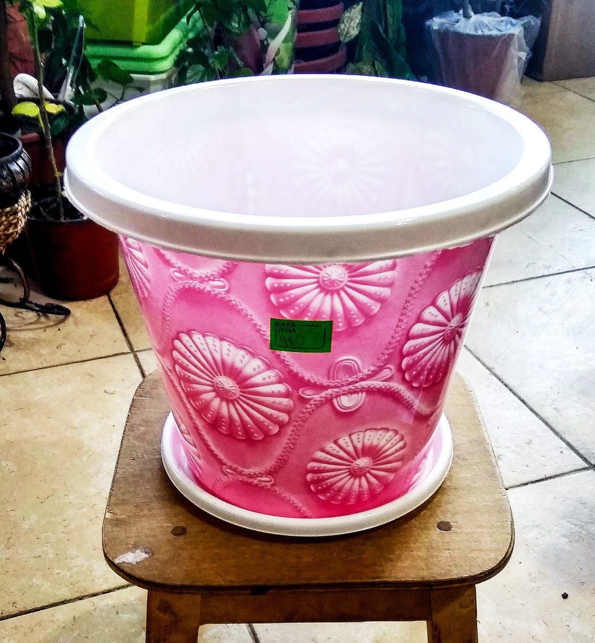 Горшок для растений. Белый с розовым рисунком. Объем: 5.5л.
