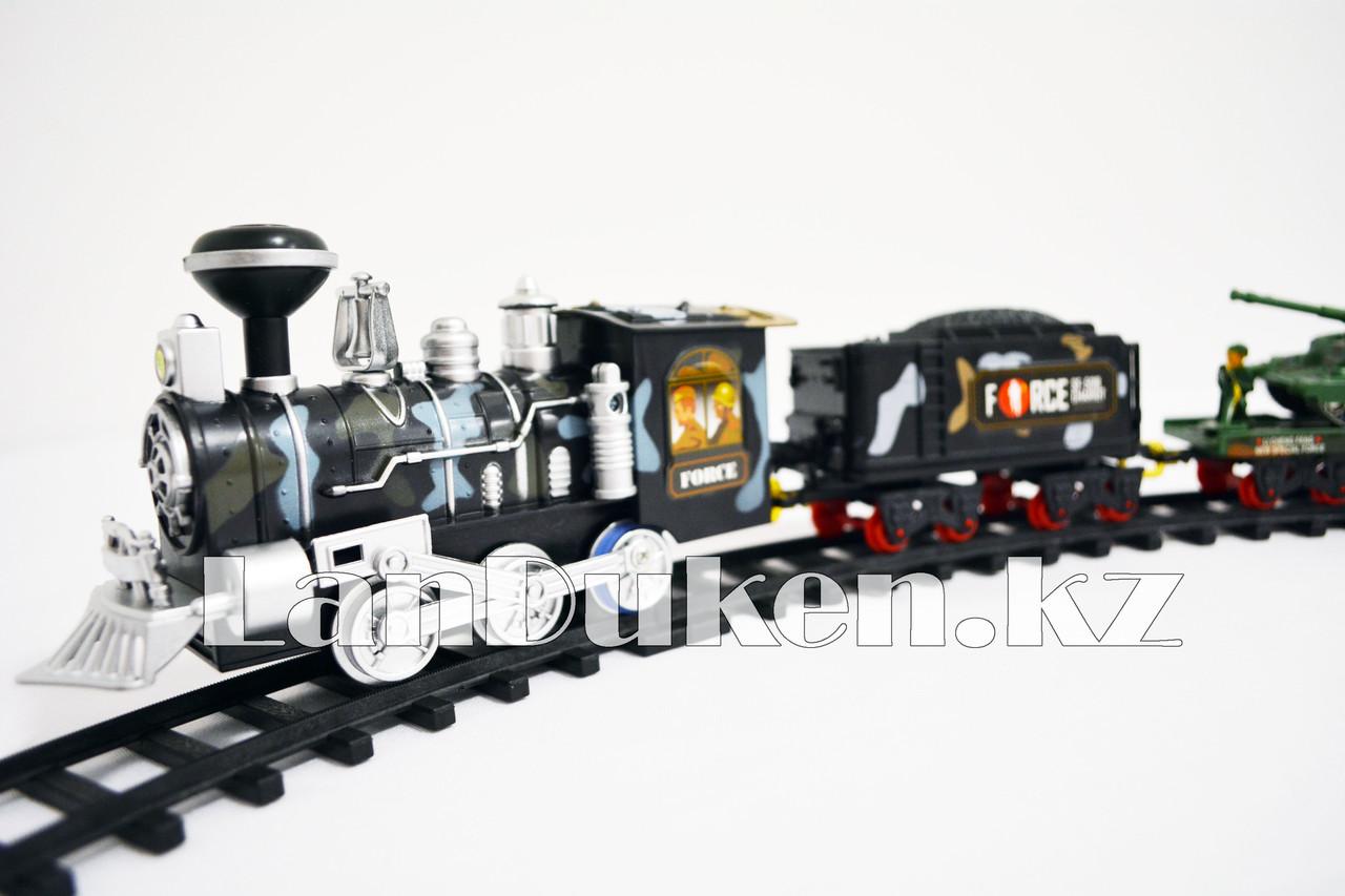 Детская железная дорога с военной техникой на батарейках с дымом из трубы, светом из фары и озвучкой 2872 (3+) - фото 3