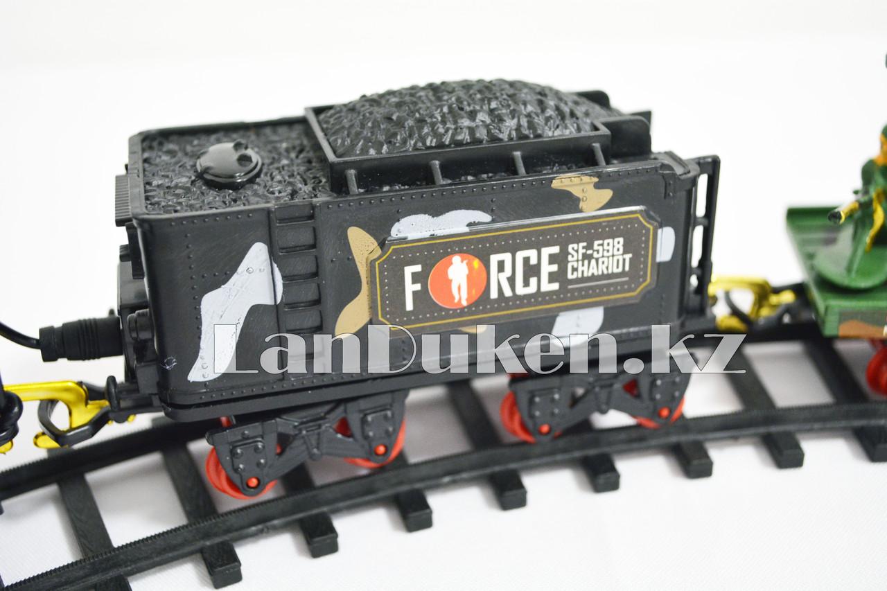 Детская железная дорога с военной техникой на батарейках с дымом из трубы, светом из фары и озвучкой 2872 (3+) - фото 5