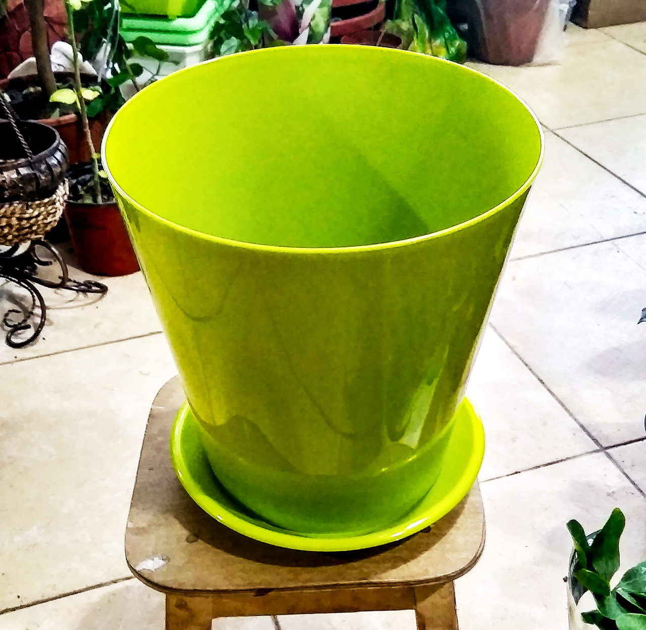 Горшок для растений. Вулкано. 8.1л. Цвет: Зеленый.