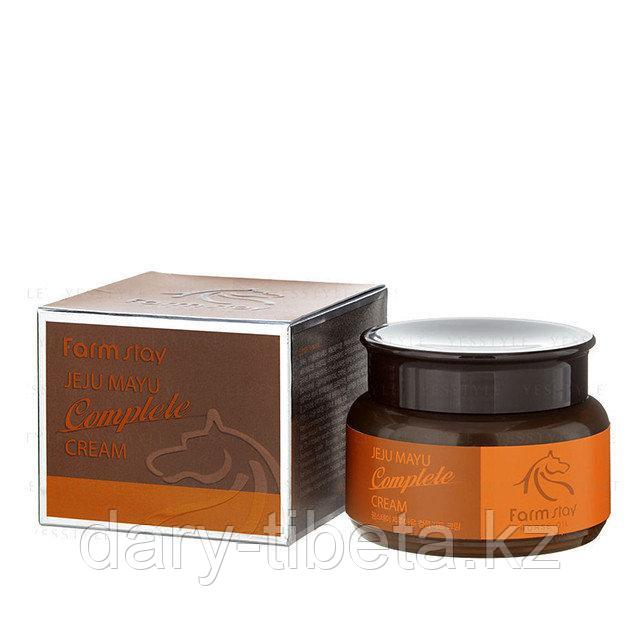 FarmStay Jeju Mayu Complete Cream- Крем для лица с лошадиным маслом для сухой кожи