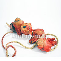 Кровавые глазные яблоки на веревке - украшение на Хэллоуин (Halloween)