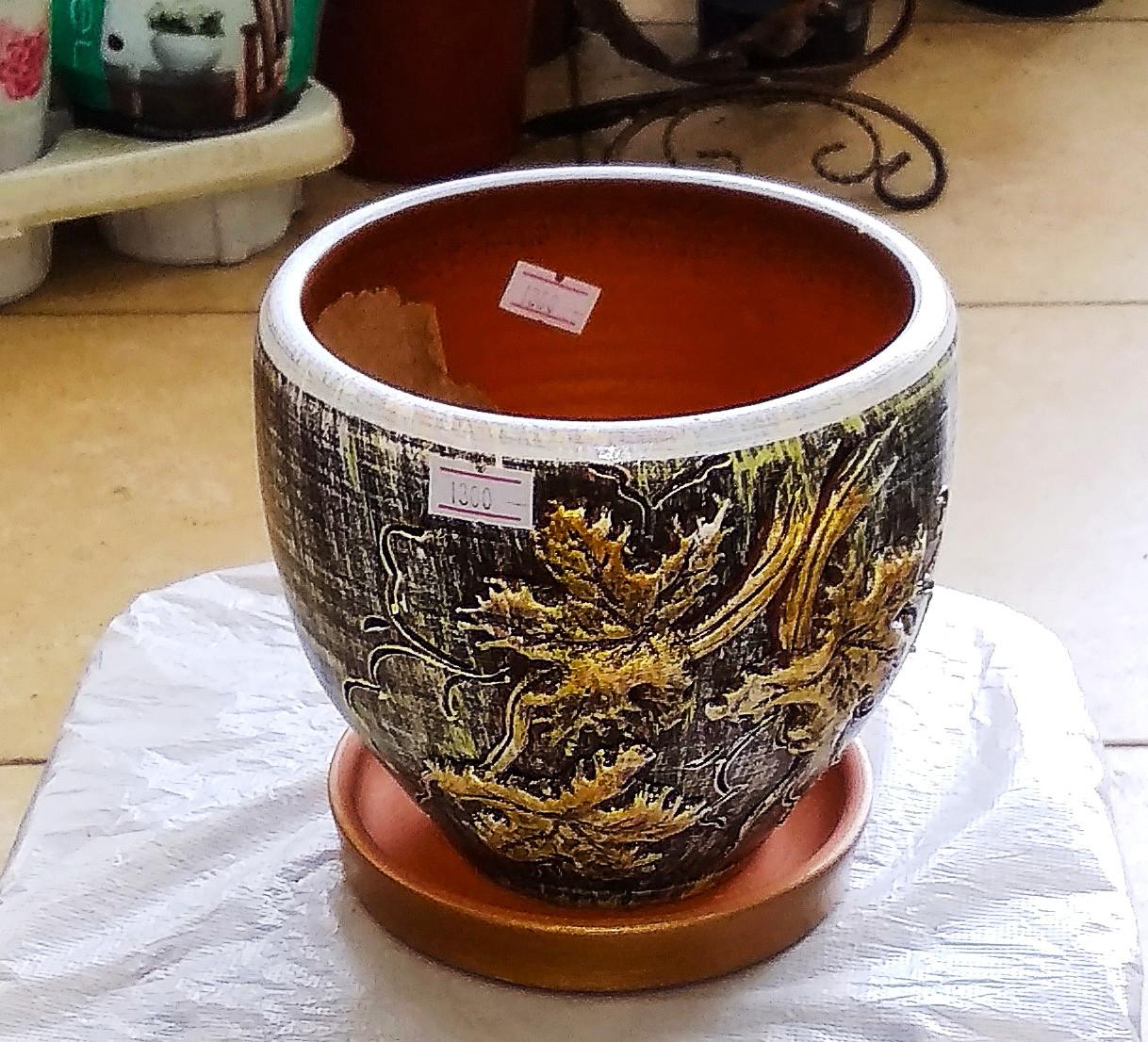 Керамический горшок для цветов. Объем: 0.5л.