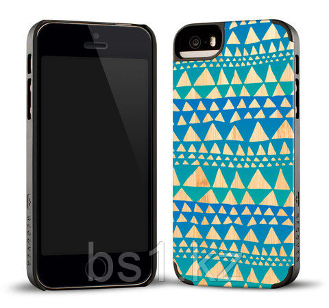 PRINTED TRIANGLE BAMBOO CASE