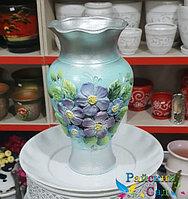 """Керамическая ваза 25см. """"Сиреневые цветы на голубом""""."""