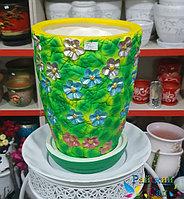"""Керамическая ваза 30см. """"Цветы на зеленом""""."""