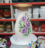 """Керамическая ваза 30см. """"Сиреневые цветы на белом""""."""