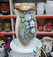 """Керамическая ваза 30см. """"Сиреневые цветы на золотисто-сером""""."""