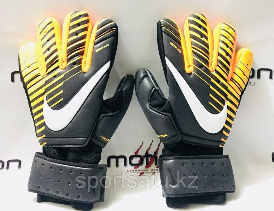 Вратарские перчатки оригинал NIKE