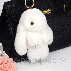 Зайчик-брелок из натурального меха (18*10) цвет-белый, Алматы