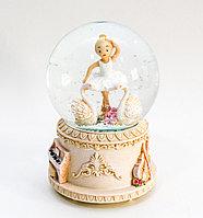 """Шар со снегом музыкальный с подсветкой """"Балерина"""" (12 см)"""