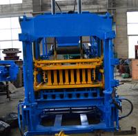 Автоматический вибропресс для производства блоков qt4-15