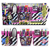 Набор Markwins детской косметики Monster High с поясом  визажиста
