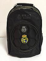 Спортиный рюкзак с футбольной символикой.Высота 46 см,длина 29 см, ширина 20 см., фото 1