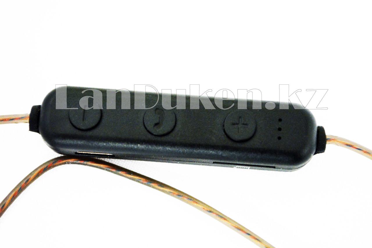 Спортивные Блютуз наушники Evisu W12 sports wireless earphones c магнитным креплением бронзовые - фото 6