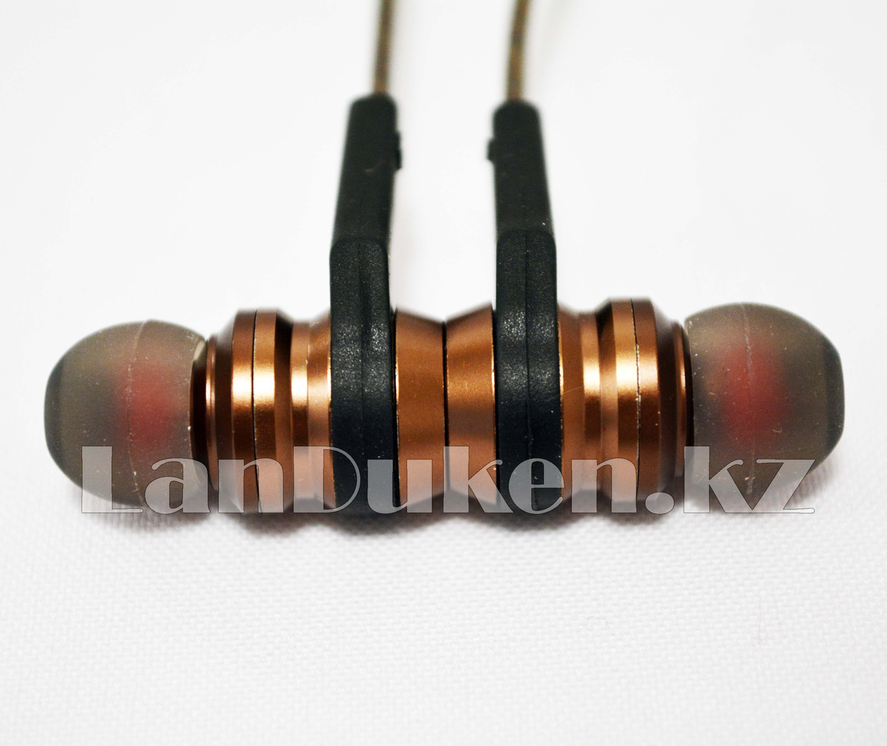 Спортивные Блютуз наушники Evisu W12 sports wireless earphones c магнитным креплением бронзовые - фото 7