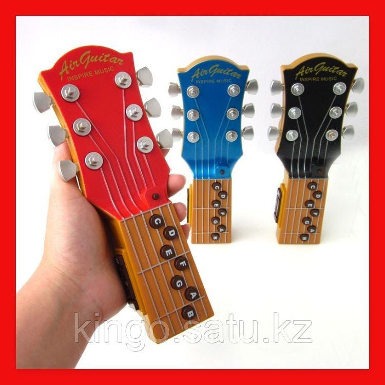 Воздушная гитара, игрушка для юных музыкантов