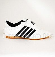 Обувь для таэквондо (соги/степки) TKD shoes со скрытой шнуровкой размеры 27-37 черно-белый 32