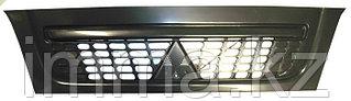 Решетка   Митсубиси CANTER FE7 04-  Узкая кабина