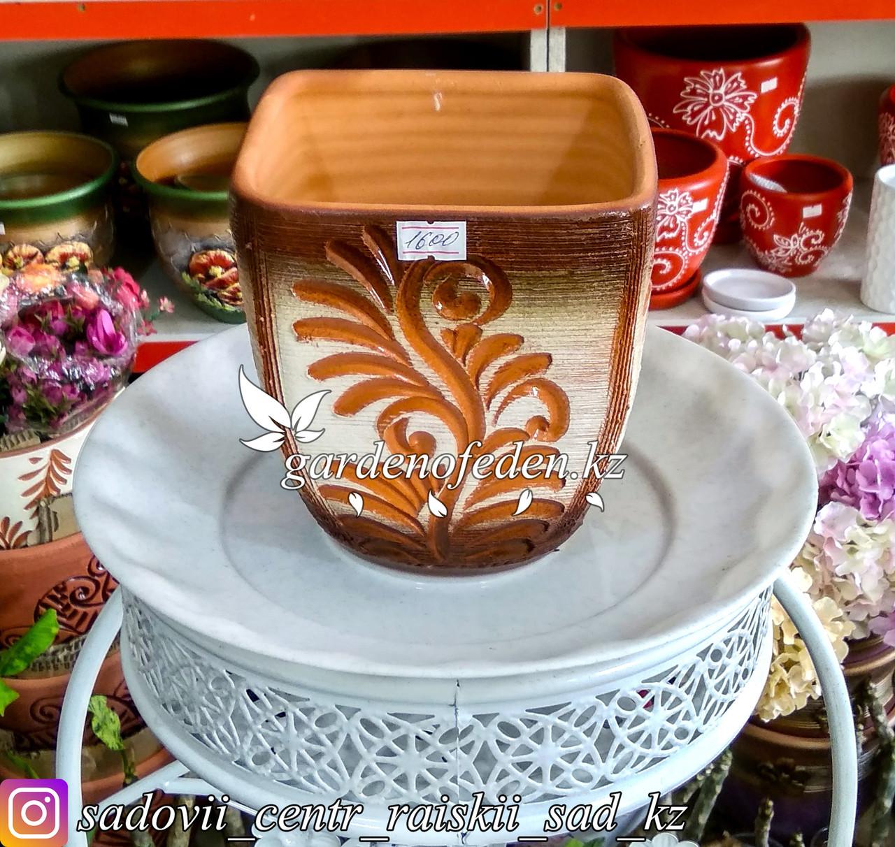 Керамический горшок для цветов (без поддона). Объем: 2л