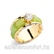 Очаровательное женское кольцо Bvlgari.