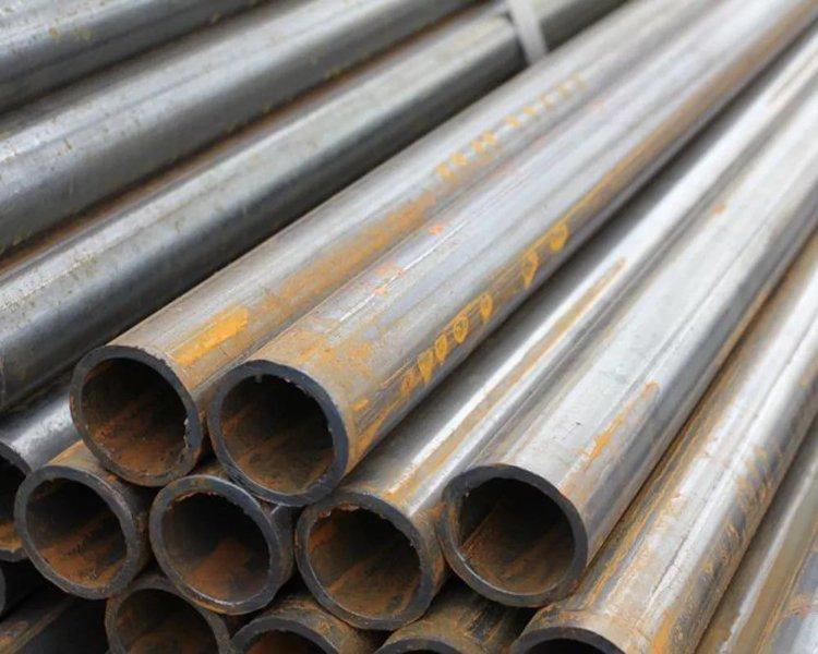 Труба стальная 158