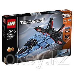 LEGO Technic: Сверхзвуковой истребитель 42066