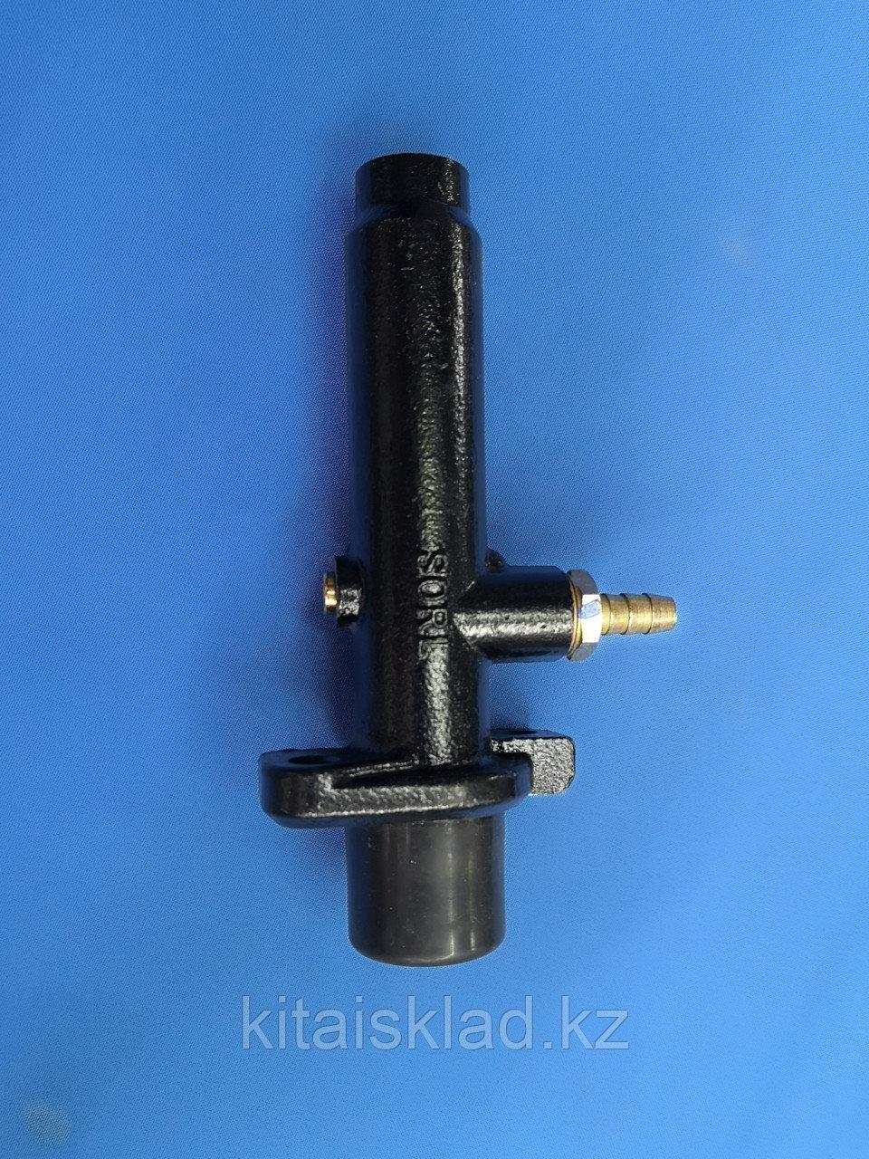 Главный цилиндр сцепления каток  XG6261P XCMG