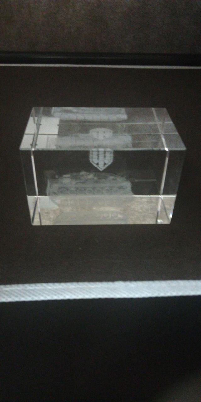 3D Crystal R80