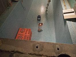 Скиммерный бассейн. Размер = 12 х 1,8 х 1,7 м. Адрес: г. Алматы, ул. Ладушкина. 12