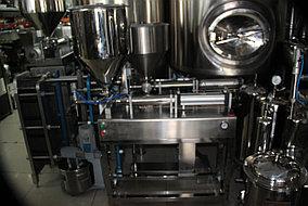 Оборудование для розлива густых, пастообразный продуктов (майонез, кетчуп и т.д.), 1 головка 1 л, с ножкой