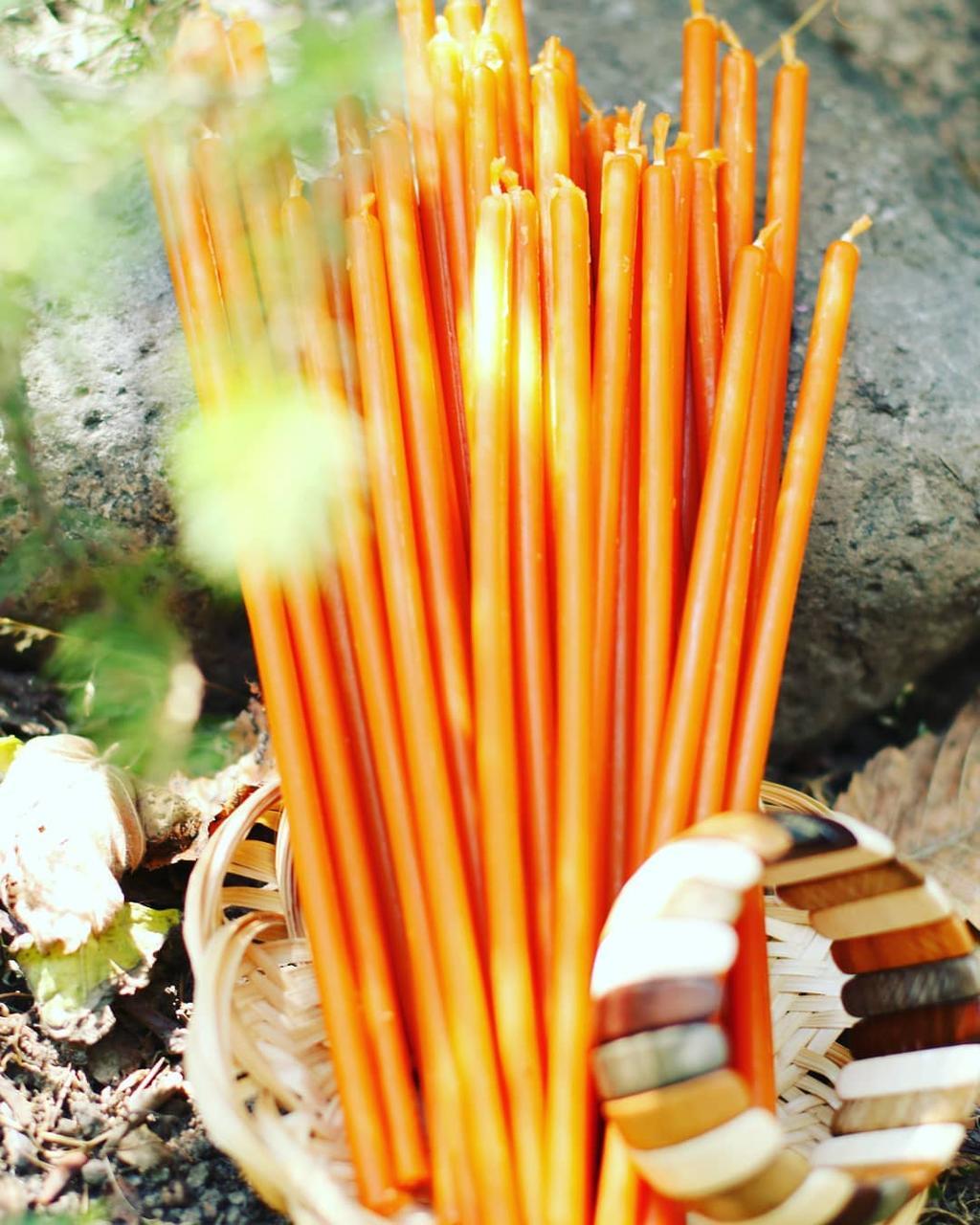 Свеча восковая Оранжевая