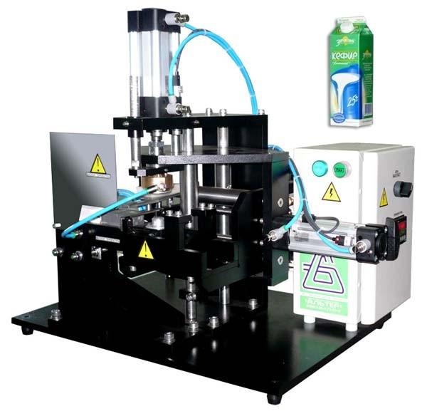 Устройство укупорки крышкой «АЛЬТЕР-05» картонной упаковки типа PURE PAK, 400 упак/ч