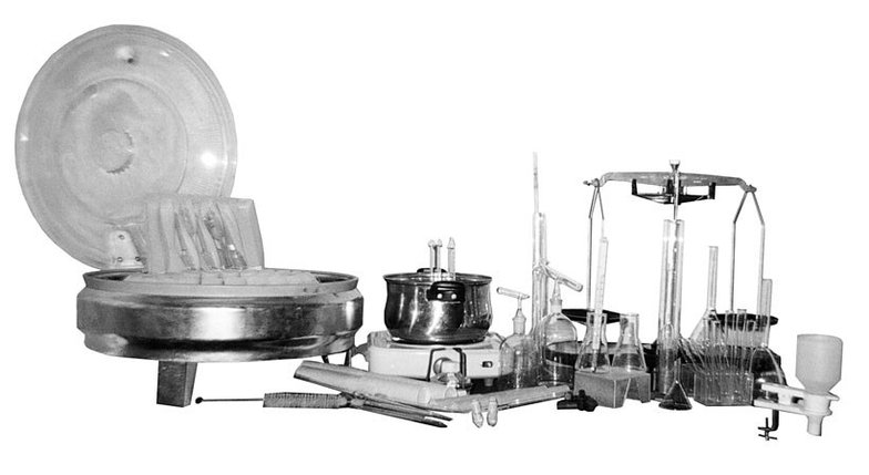 Набор лабораторной посуды и приборов для контроля качества молока, фото 2