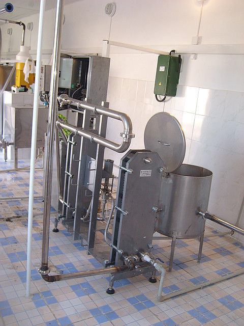 Минизавод для переработки молока на 1тн ассорт 5в1, 1000л/сутки